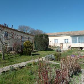 Grande maison avec jardin